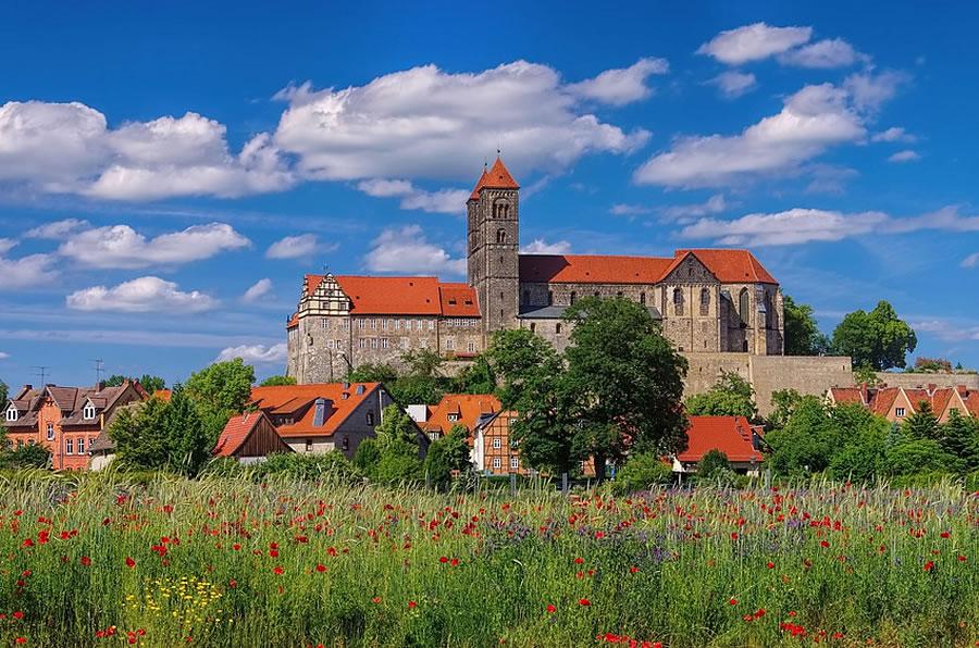 Quedlinburg - Schloss u. Stiftskirche (© fotolia.com)